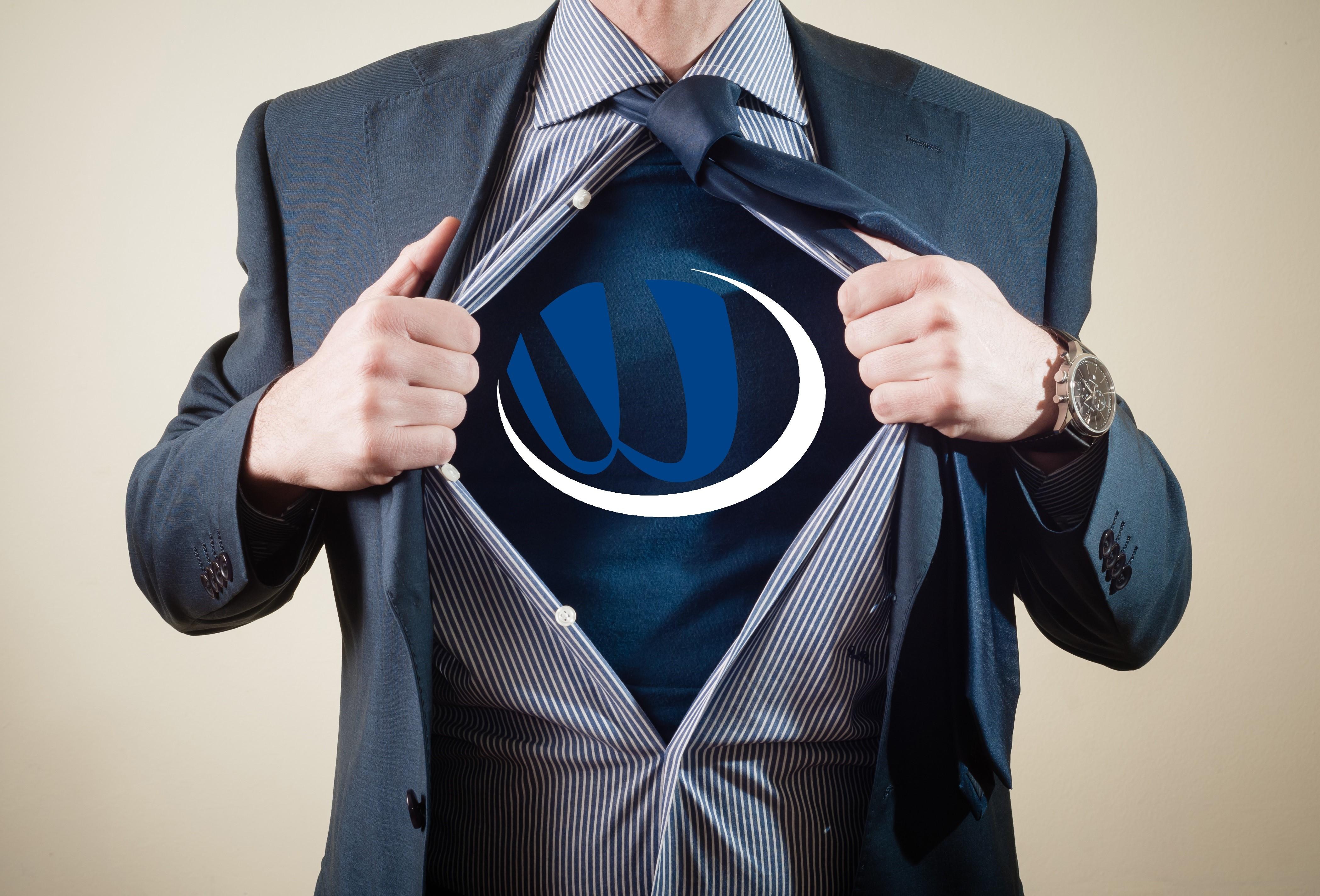 diseño web en Valencia - superheroe